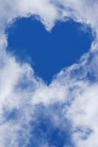 heart 1213475 1280 200x300 - Gedichte von Liebe & Leben - Den Wolken von Georg Heym